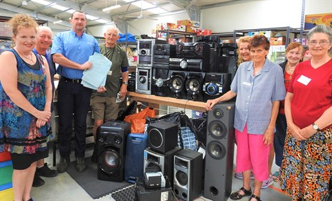 Hospice with audio equipment donation .JPG